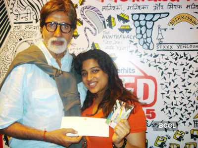 Big B promotes BHTB on Radio
