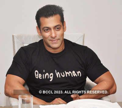 B'wood bigwigs congratulate Bachchans