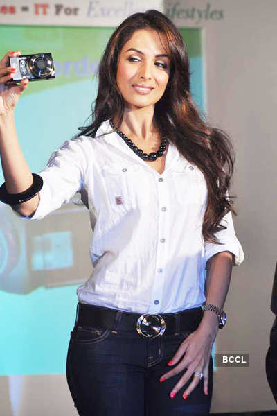 Malaika at launch of 'ITTravelersgo.com'
