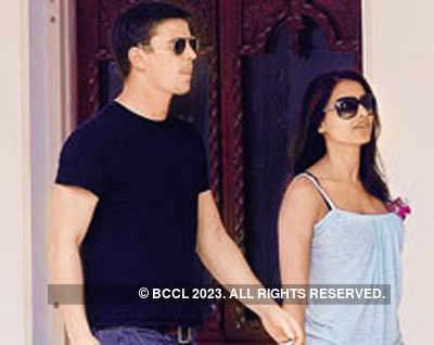 Shahid Kapoor, Bipasha Basu break up!