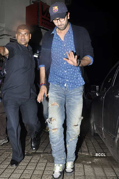 Ranbir spotted after 'ZNMD' screening