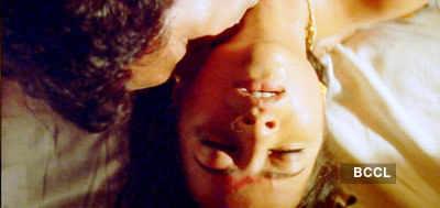Reema Sen's bold act in 'Ilavarasi'