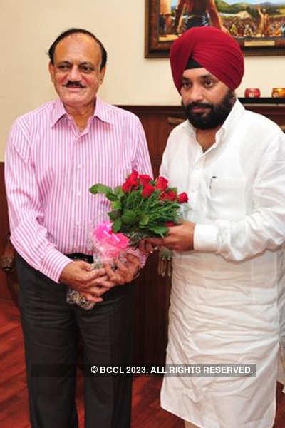 Arvinder Singh Lovely's becomes director in DDCA