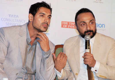 Mumbai marathon press meet