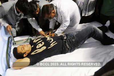 Salman at blood donation camp