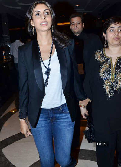 Stars at Delhi Couture Week '11