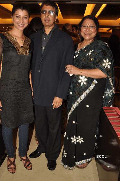 Vinay Pathak at film's success bash