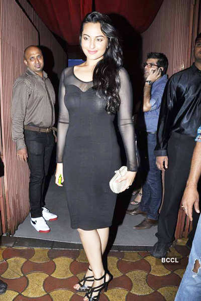 Stars at Arpita Khan's b'day bash