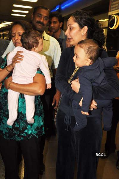 Sanju, Manyata spotted with kids