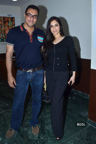 Isha Koppikar @ 'Shabri' screening