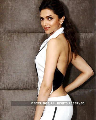 Deepika Padukone @ 'Maxim Cover' girl night
