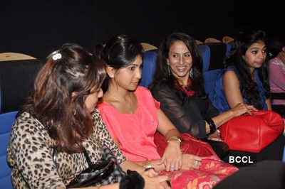 Aamir, Sallu @ spl. screening 'Bodyguard'