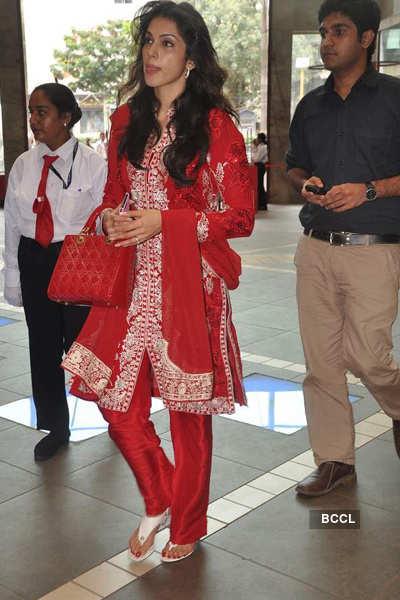 Isha Koppikar spotted at Mall