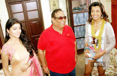 Gali Gali Mein Chor Hai: On the sets