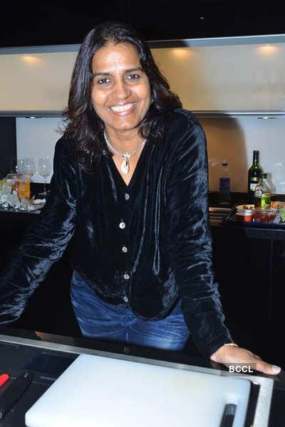 Deepika launches 'Poggenpohl' store