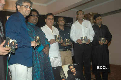 Jagjit Singh launches 5/12 album