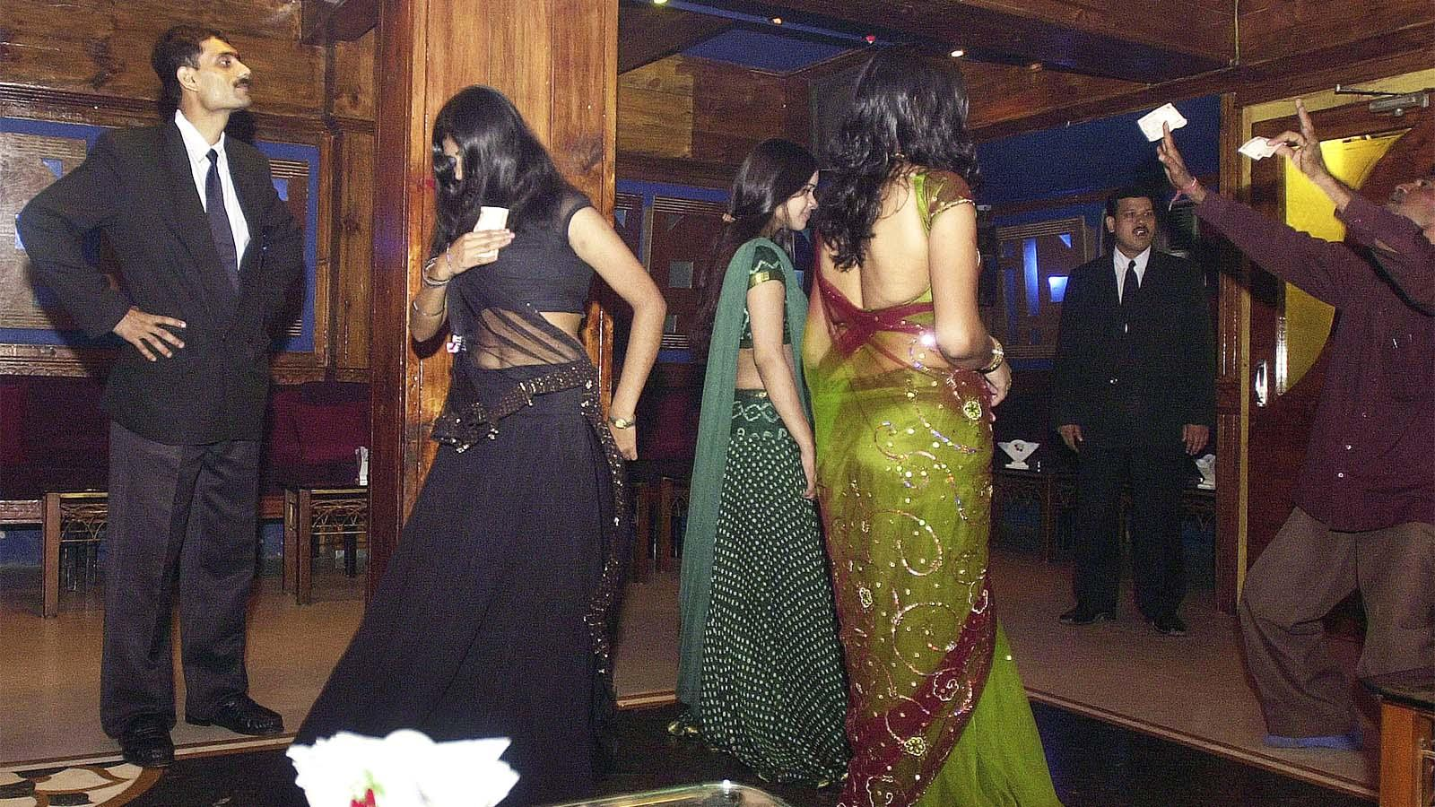 A dance bar in Mumbai before the ban
