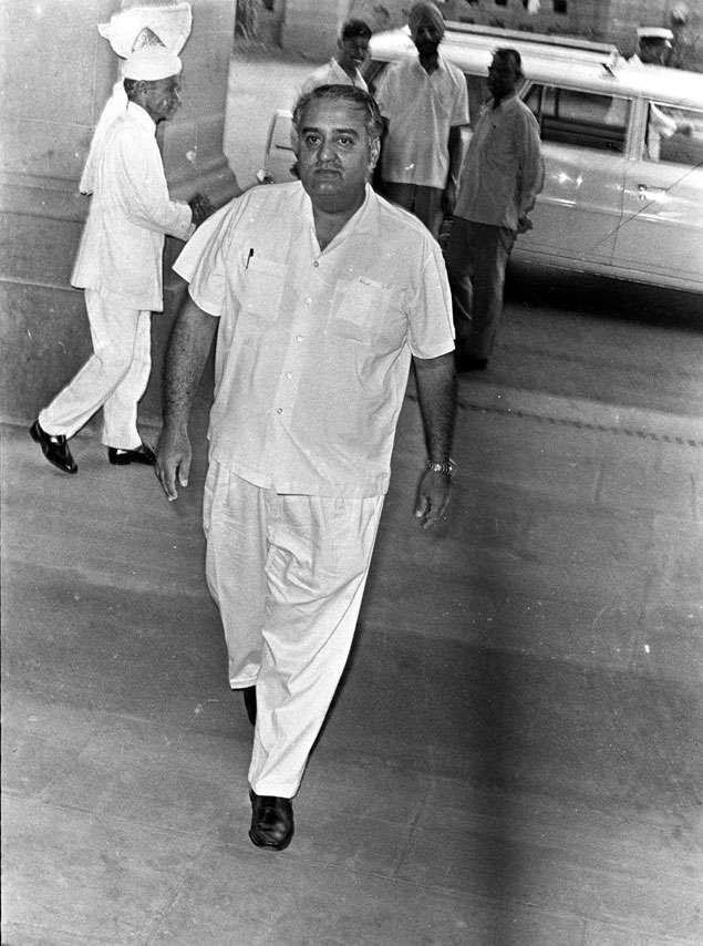Karni Singh | Shooting | Won silver in 1974 Tehran Asian Games in trap event. Constituency: Bikaner | Party/Term: Independent 1952, 1957, 1962, 1967, 1971