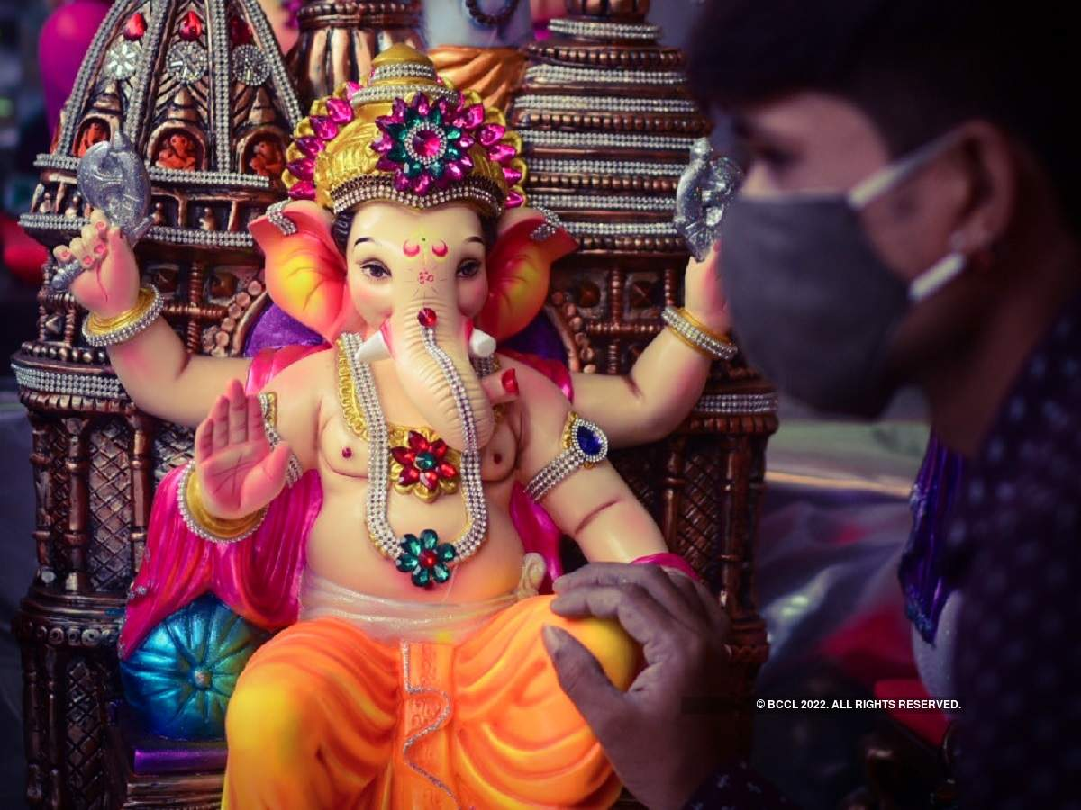Ganesh Chaturthi celebrations begin in India amid COVID-19 restrictions - Mumbai Mirror