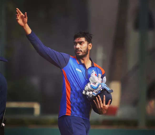 venkatesh iyer:  IPL 2021: Meet Venkatesh Iyer – the new KKR batting sensation who has an MBA degree and is a Rajinikanth fan | Cricket News – Times of India