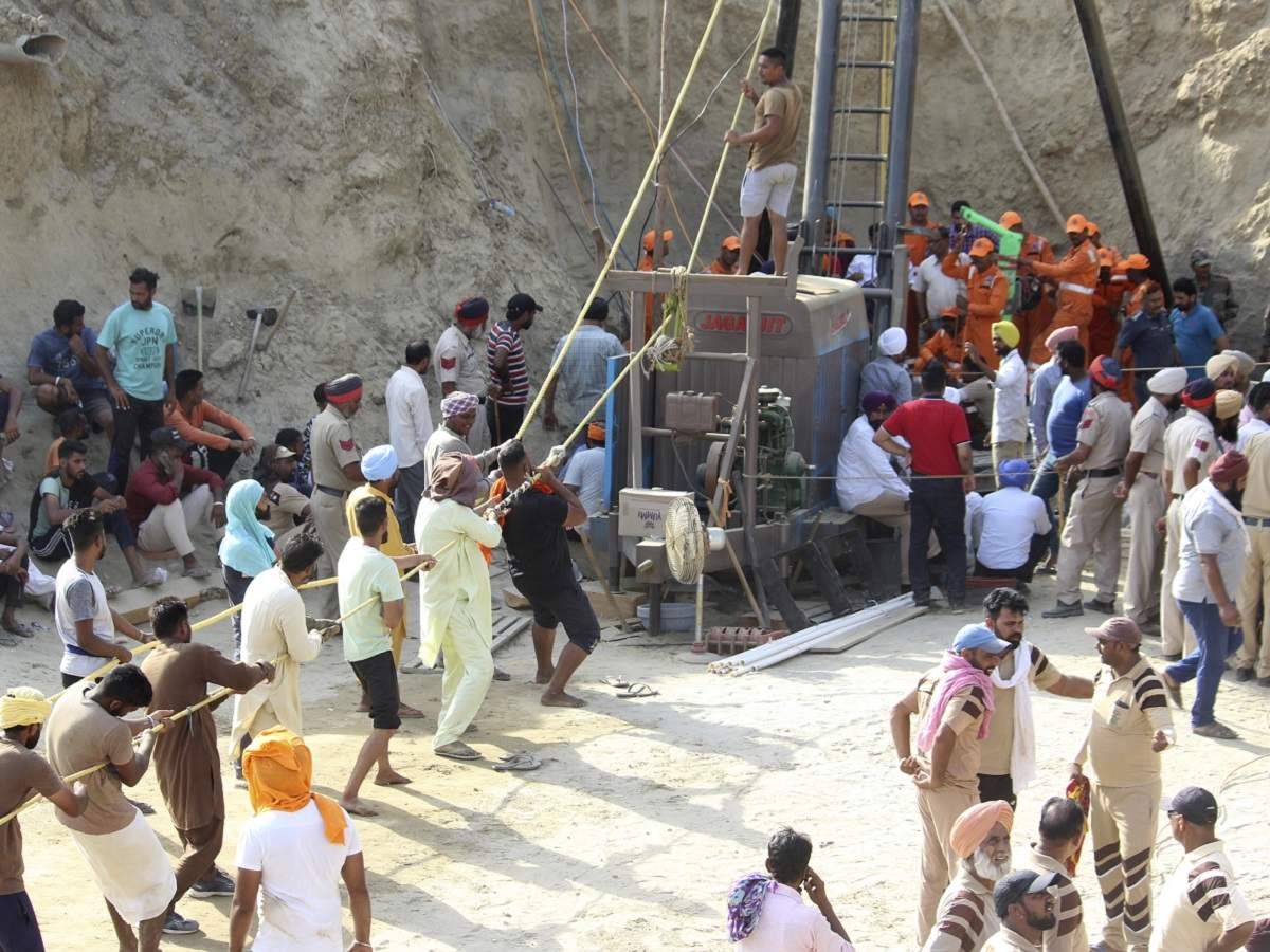Punjab: Toddler pulled out dead from borewell shaft, villagers bid tearful farewell