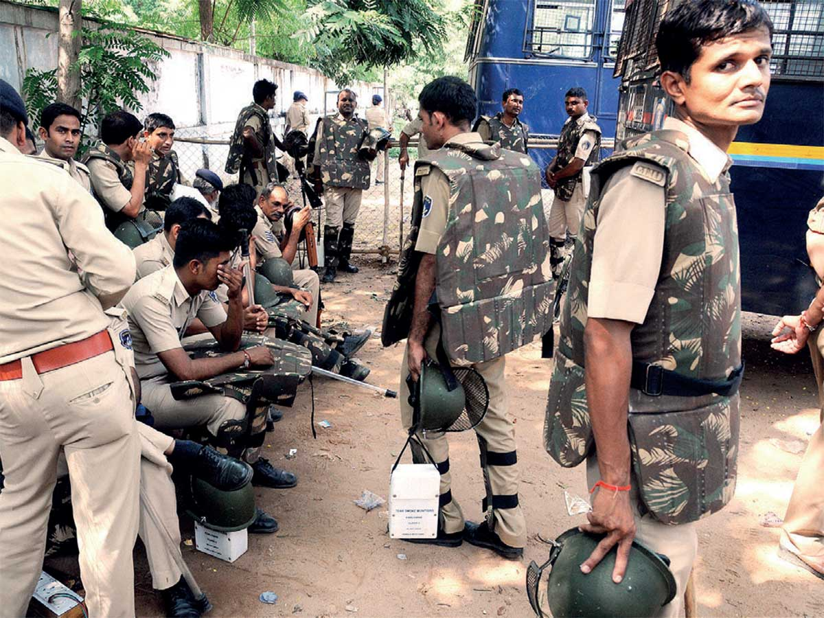 Gujarat: Stressed cops look for succour