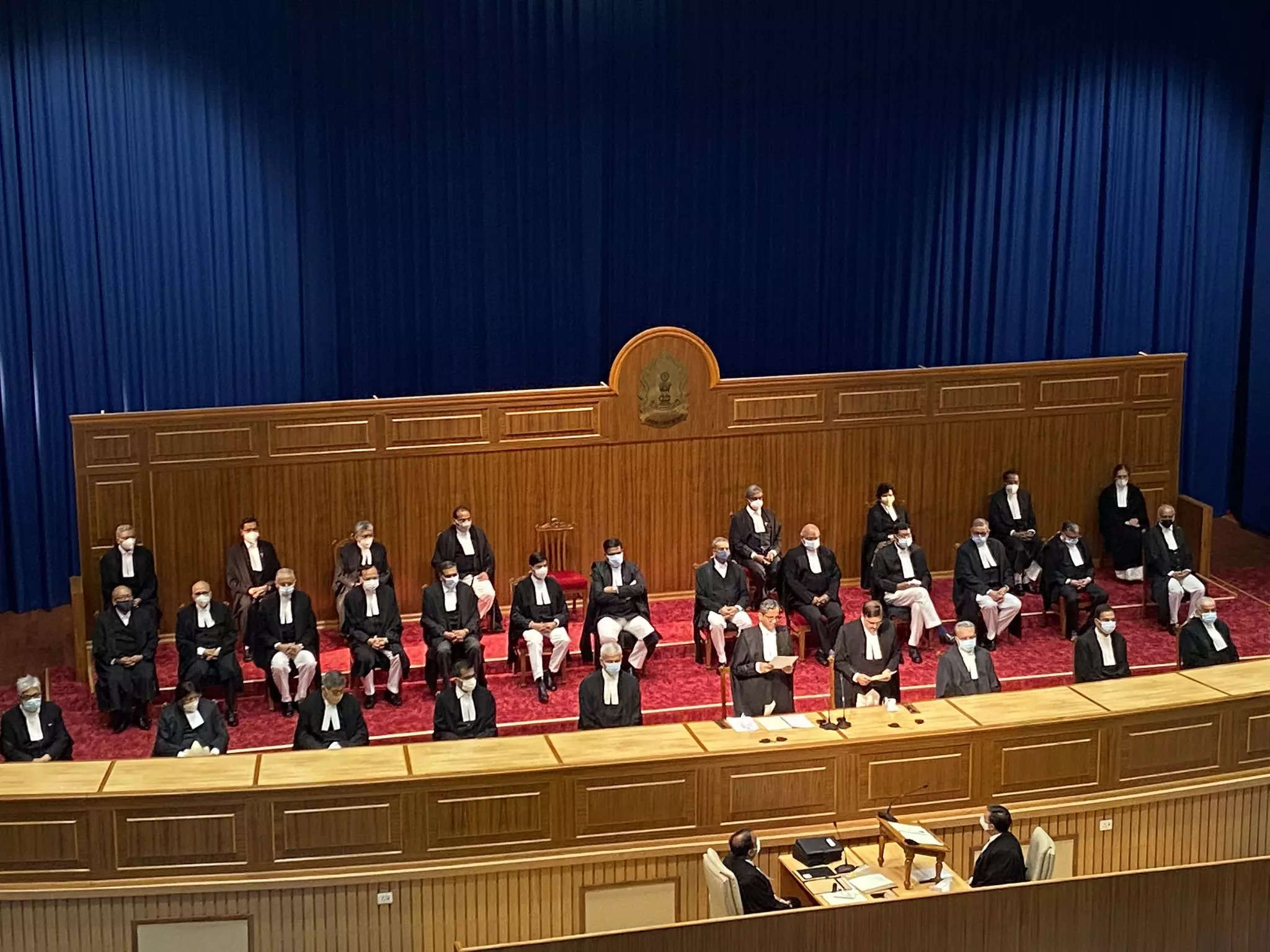 The First Time Nine Supreme Court Judges Take Oath in One Go: School Megamart 2021