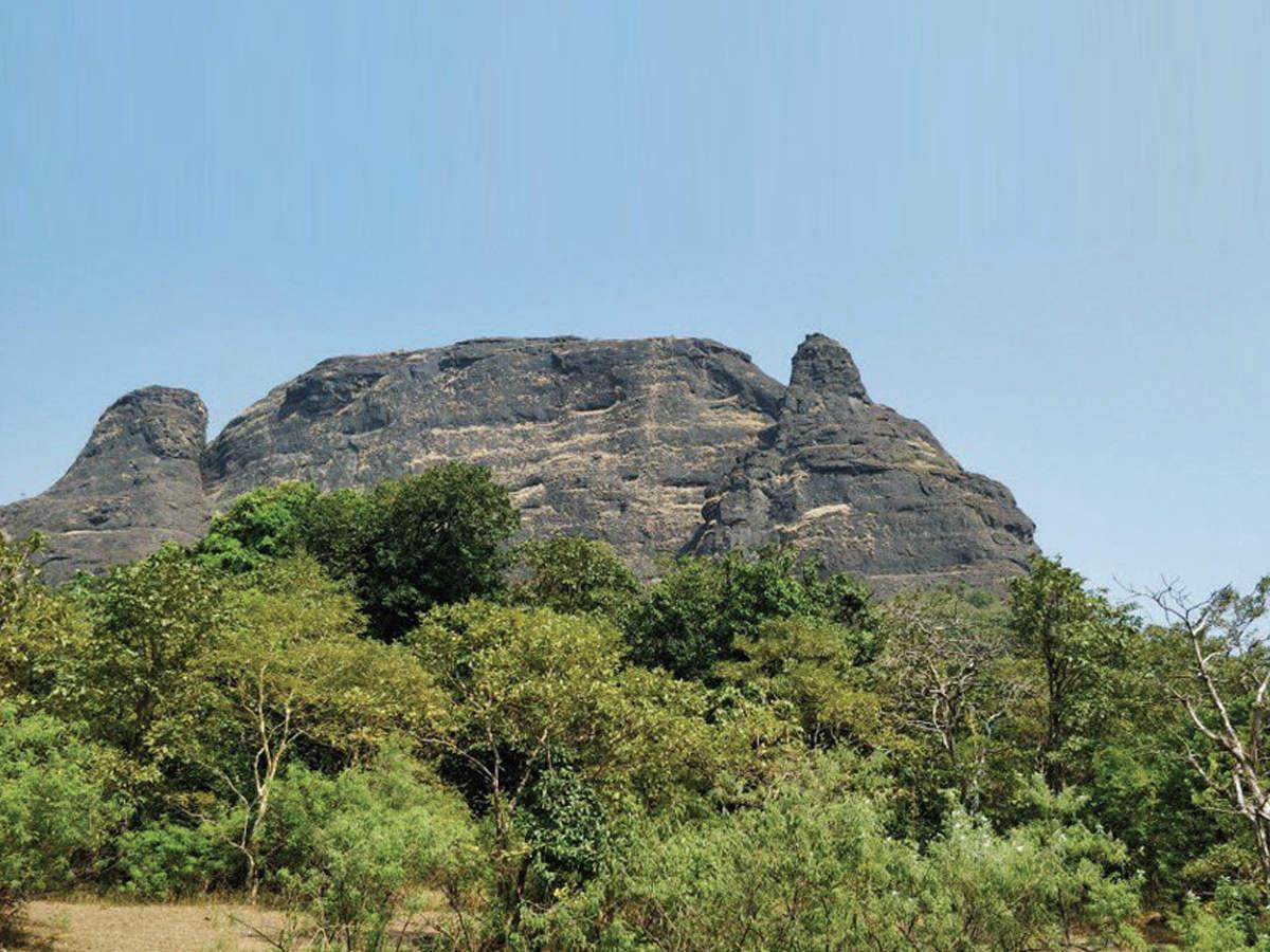 Manikgad Fort Watch
