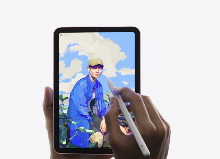 , New iPad mini: Bigger display, better front camera and all that you will get by paying Rs 12,000 extra, The World Live Breaking News Coverage & Updates IN ENGLISH