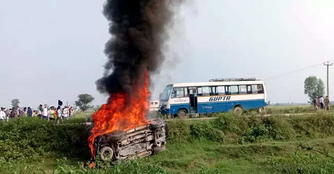 8 dead as protest against ministers' visit turns violent in UP's Lakhimpur: Key points