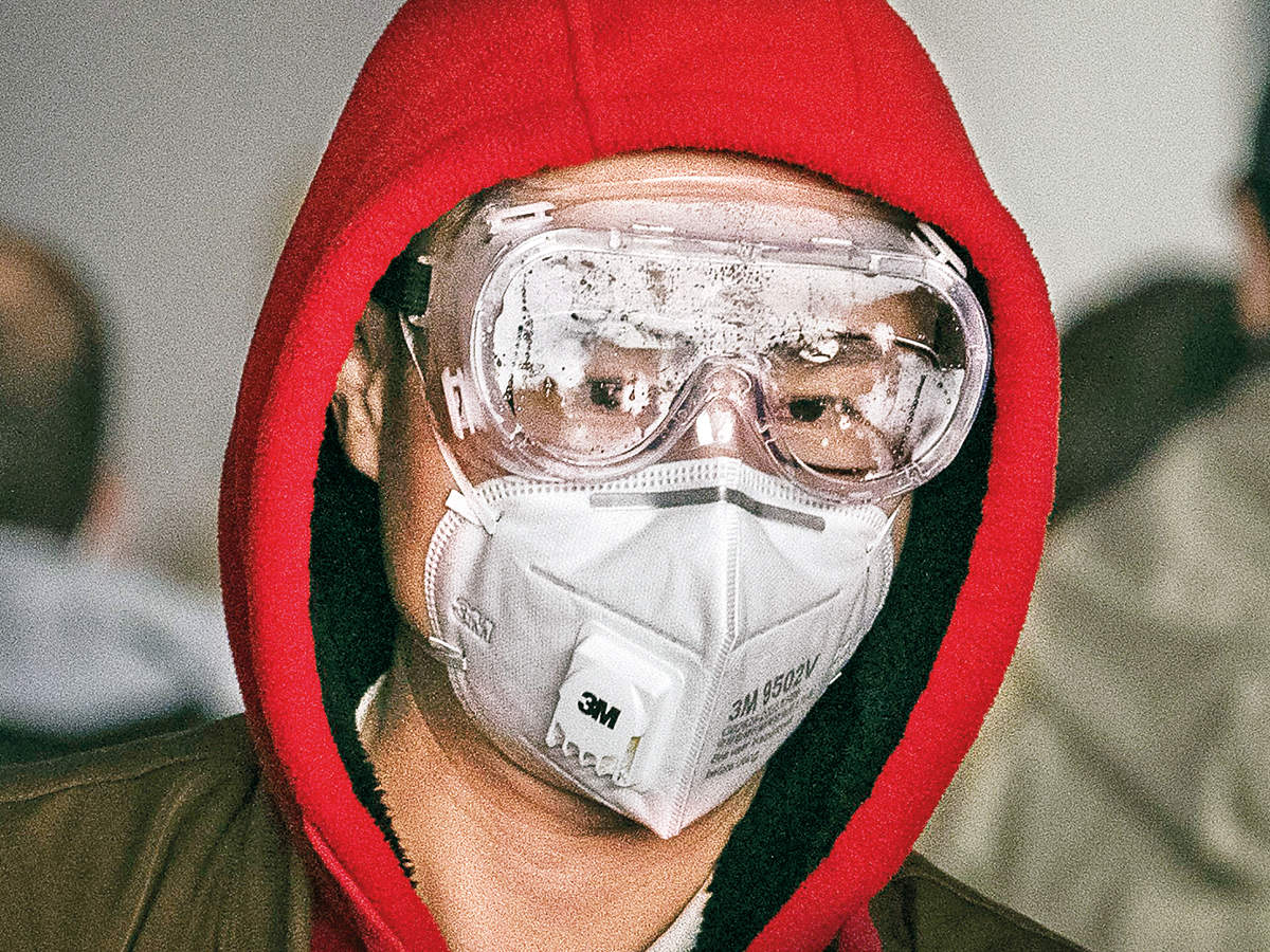 Massive shortage of N95 mask looms as 20,000 masks sent to China ...