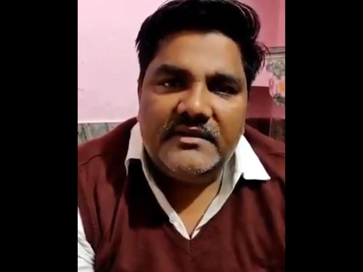 Image result for आप नेता ताहिर हुसैन ने अंकित हत्याकांड में नाम आते ही तोड़ी चुप्पी,