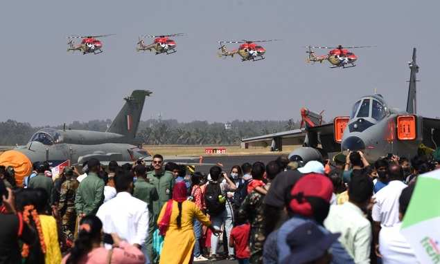 Aero India 2021: crowd cheers for Surya Kiran and Sarang's show at rehearsal |  India News