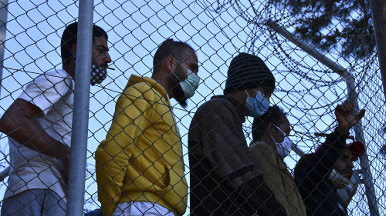 , Greece says many migrants in Turkey could seek asylum there – Times of India,