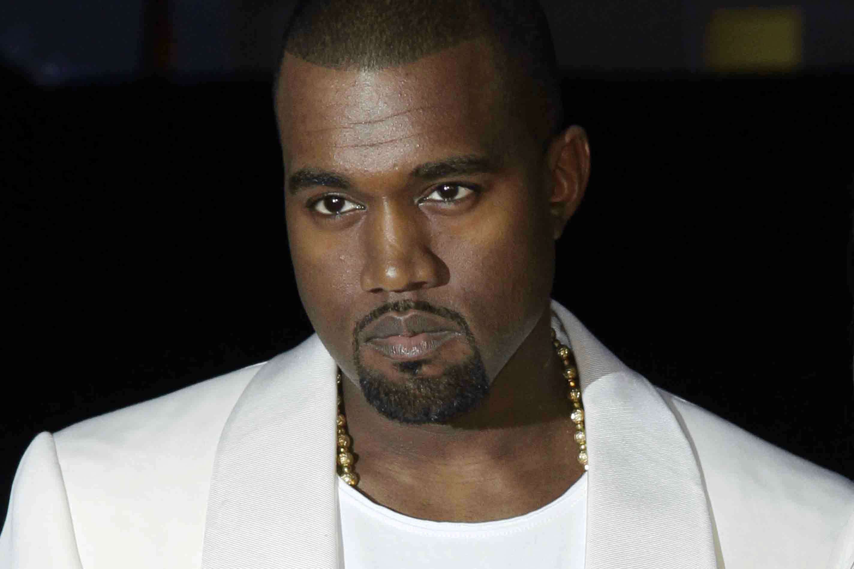 Kanye West Kanye West Makes Bizarre Demand Hindi Movie News Times Of India