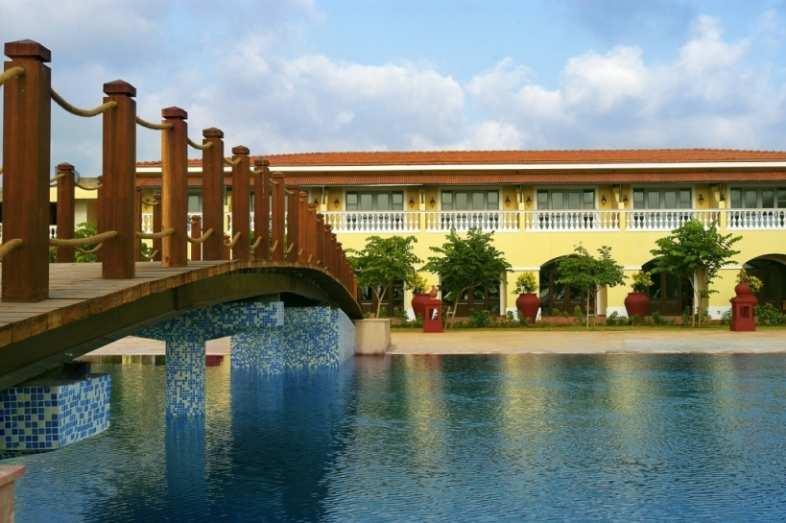 Lalit Golf & Spa Resort