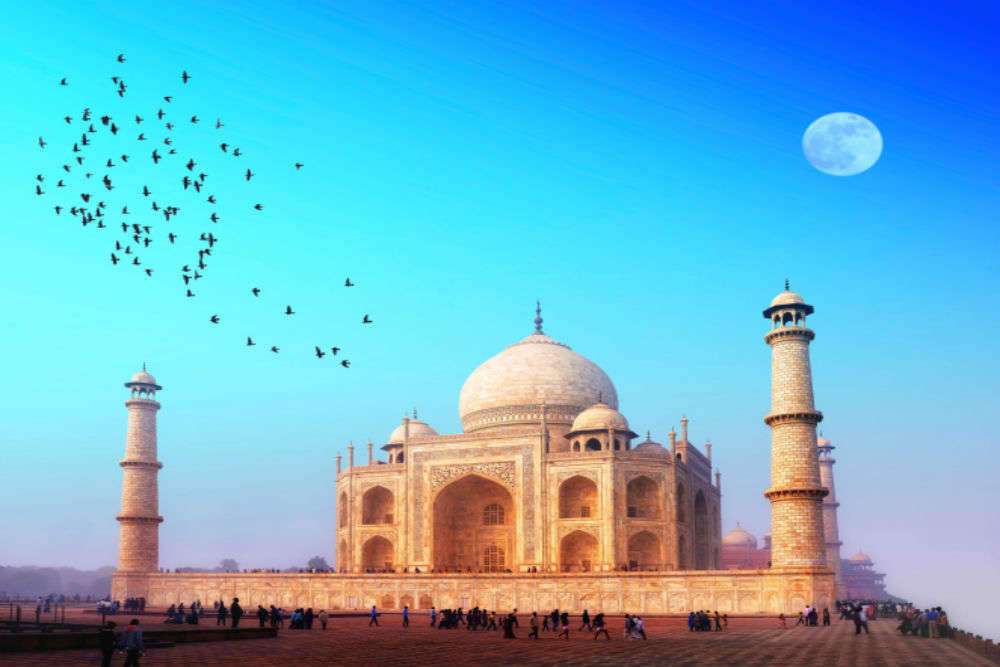 Agra's 6 prominent attractions