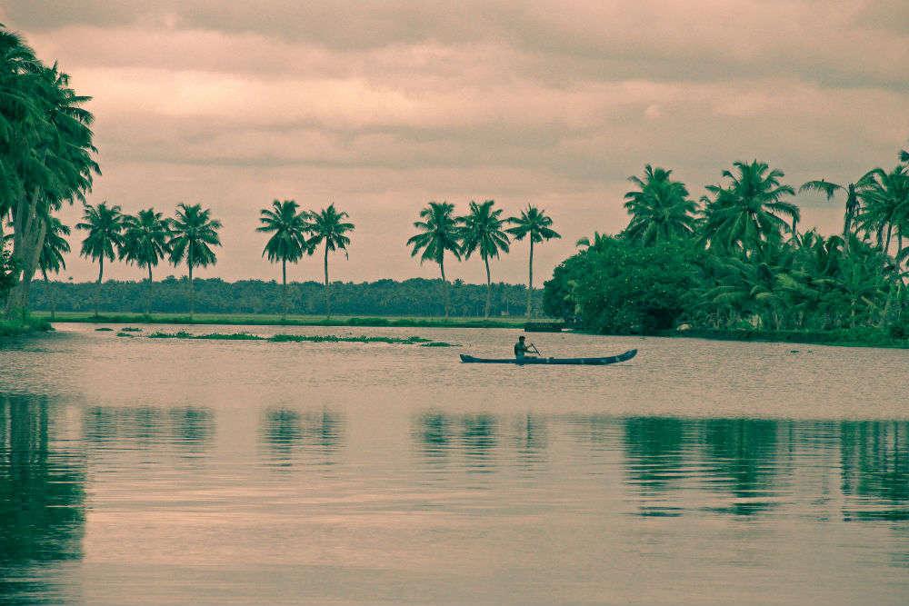 5 gateways into Kerala's backwaters
