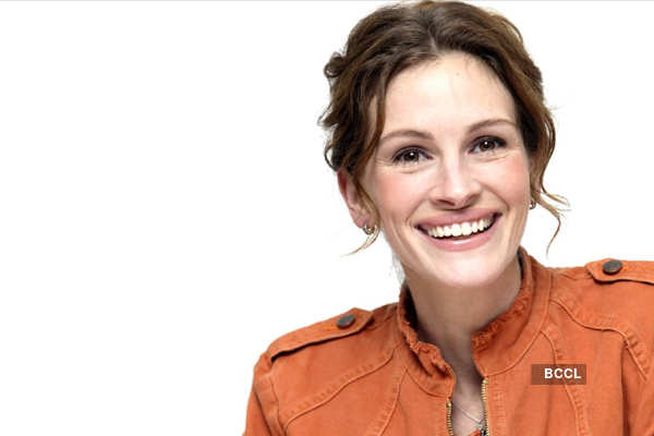 Julia Roberts: Julia Roberts still swoons over husband | English ...