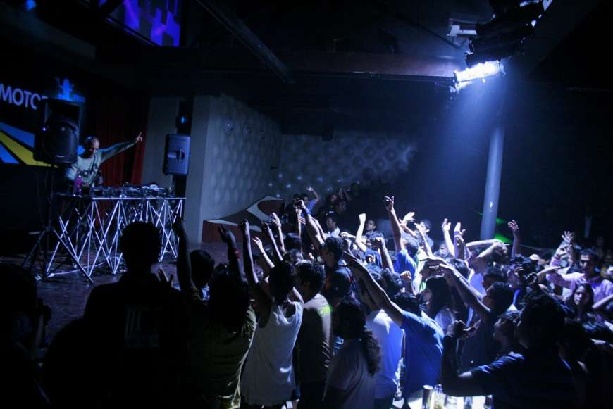 6 places to get live and loud in Mumbai