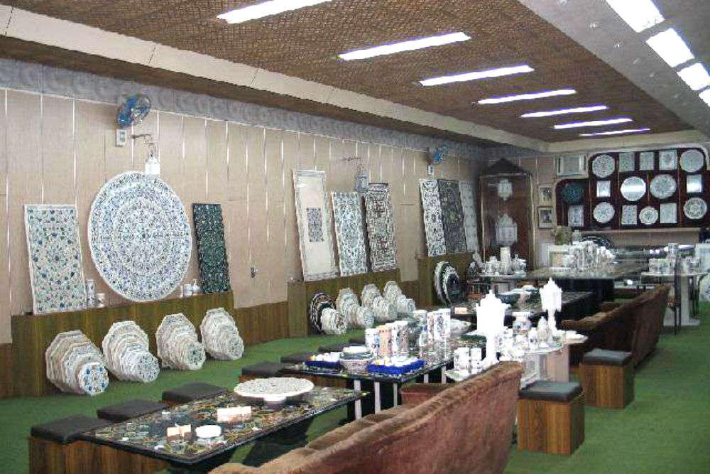 4 shopping spots in Agra