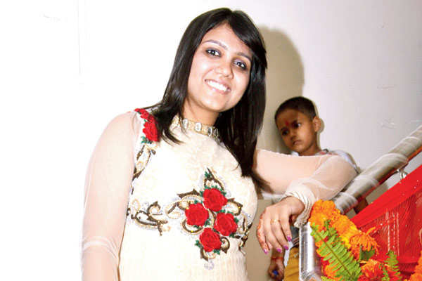 puneet and nidhi gupta host a grah pravesh for their