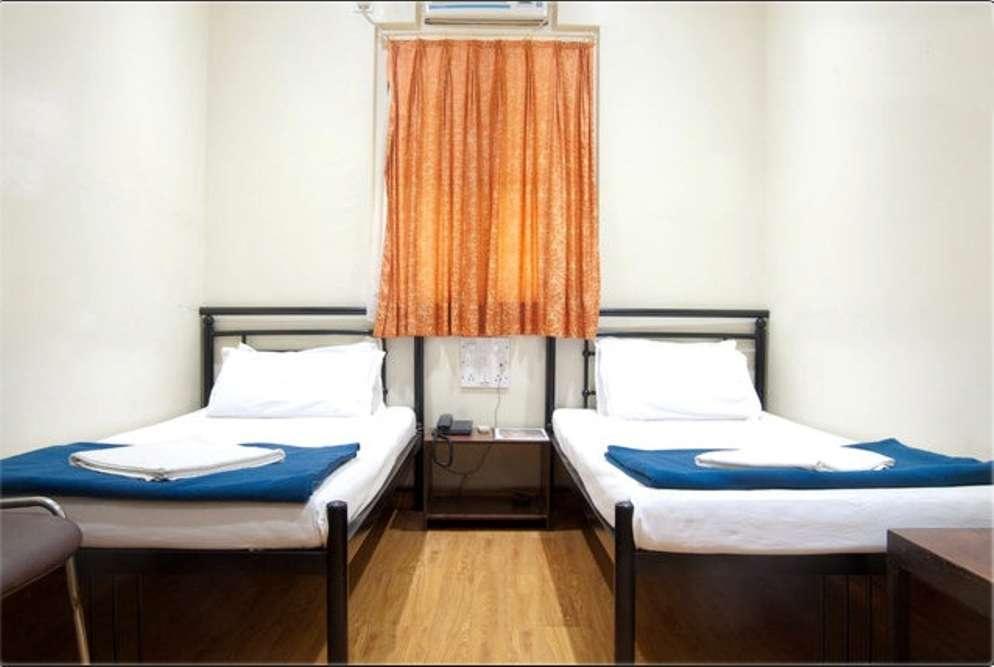 Hotel Kumkum, Lamington Road