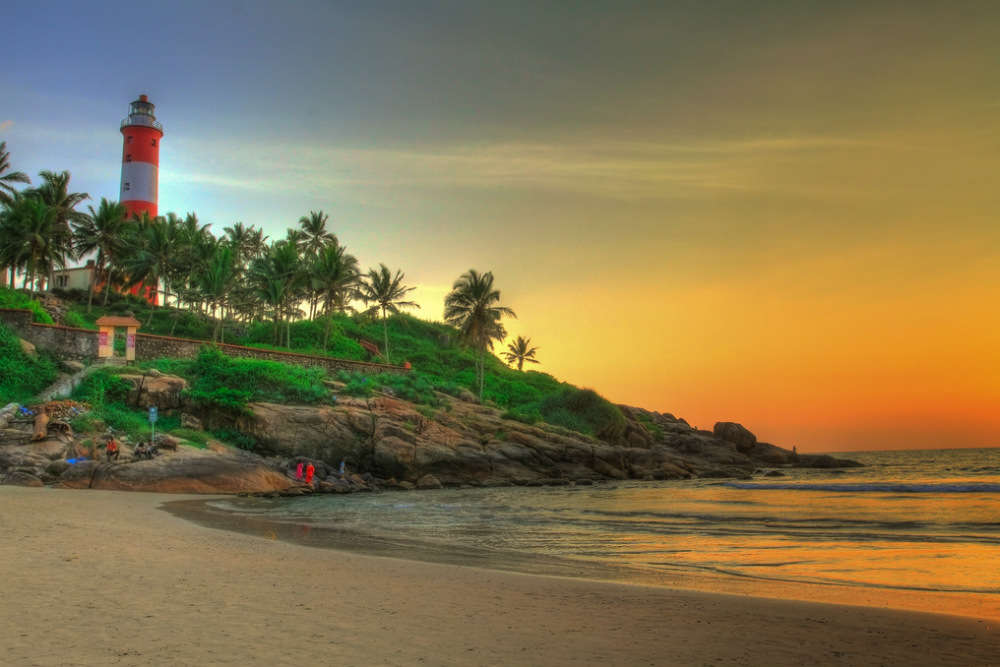Sand and surf in Kovalam