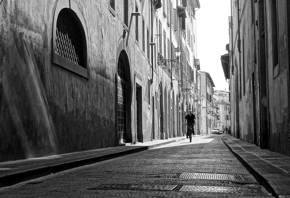 Cycle through Tuscany