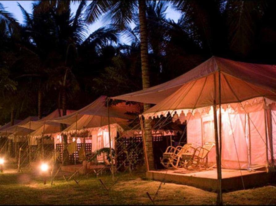 Island Vinnie's Tropical Beach Cabanas and Dive Centre