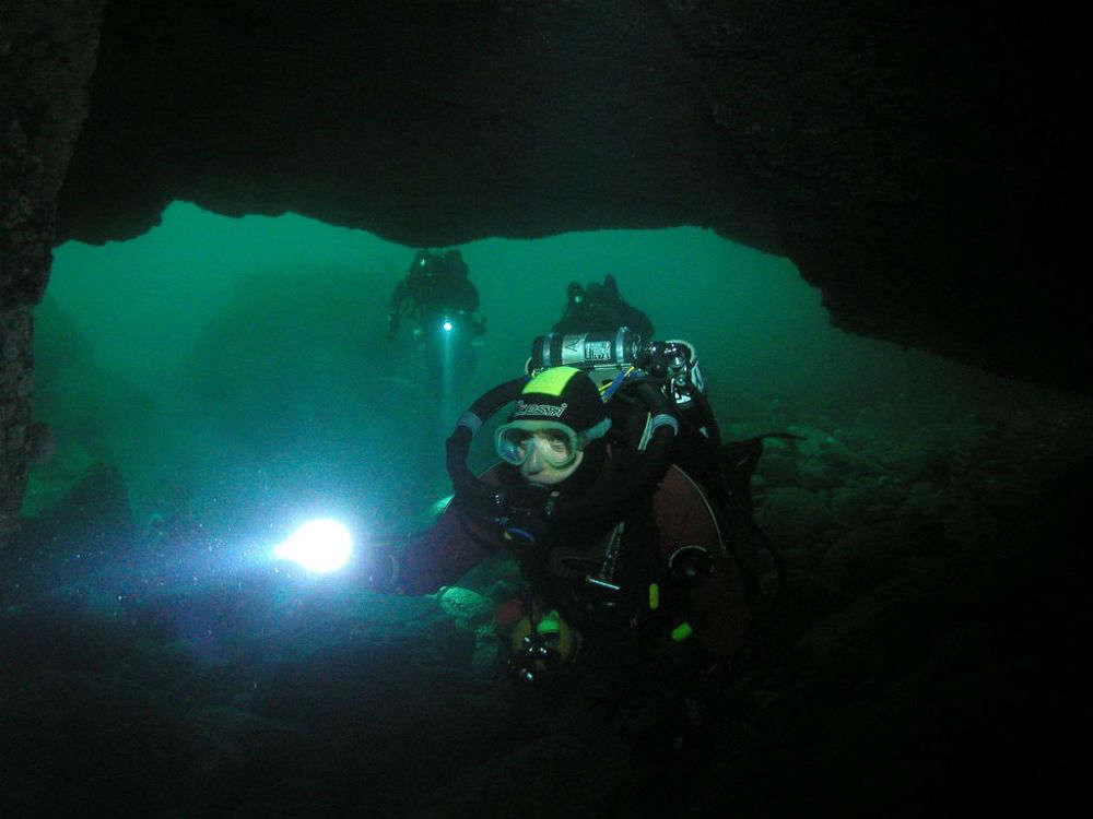 Plura River cave diving