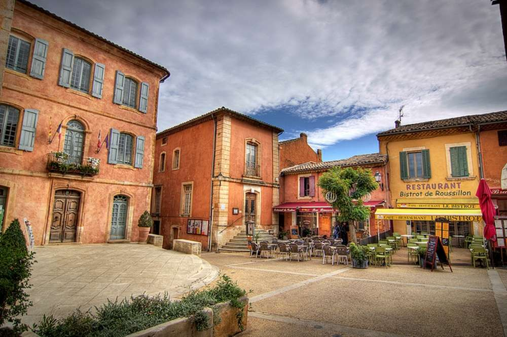 The beautiful ochre village of Roussillon in France