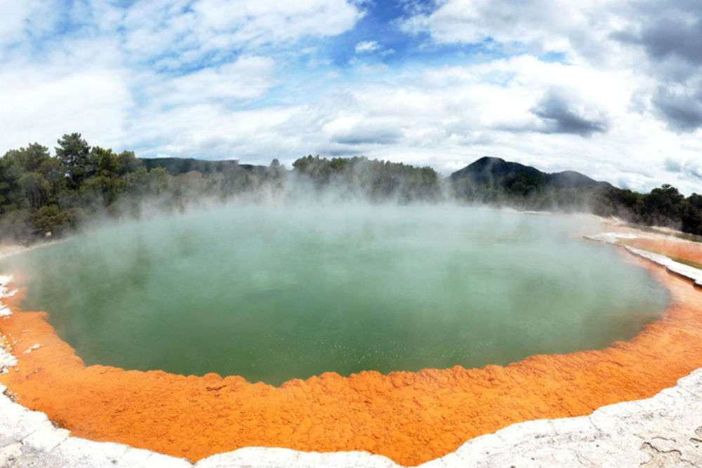 The beautiful Champagne Pool in New Zealand