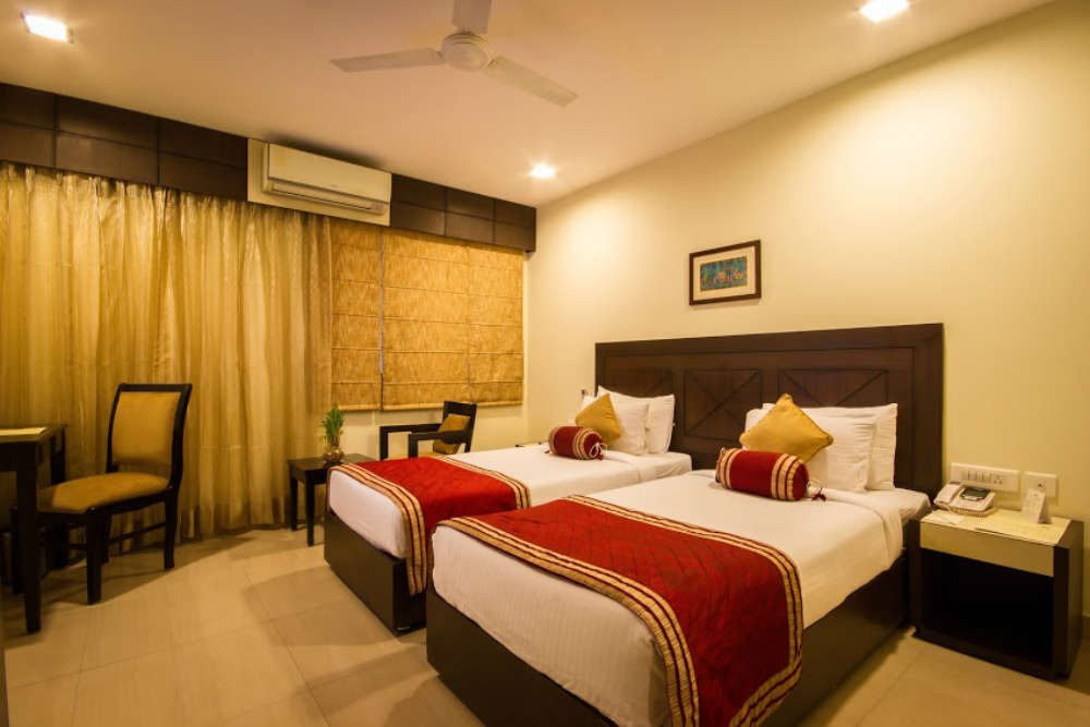 Picking a mid-range hotel in Delhi